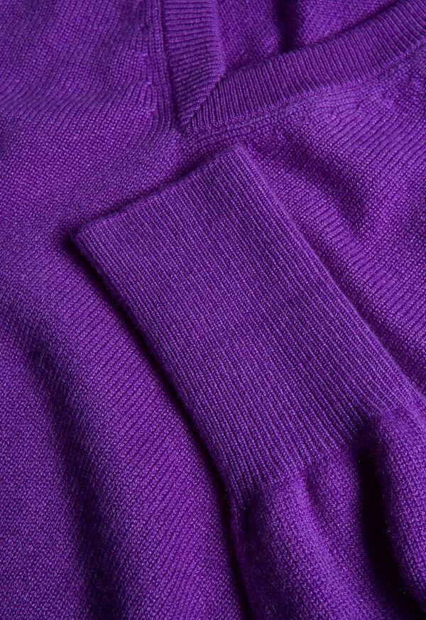 Scottish Cashmere V-Neck Sweater, image 26