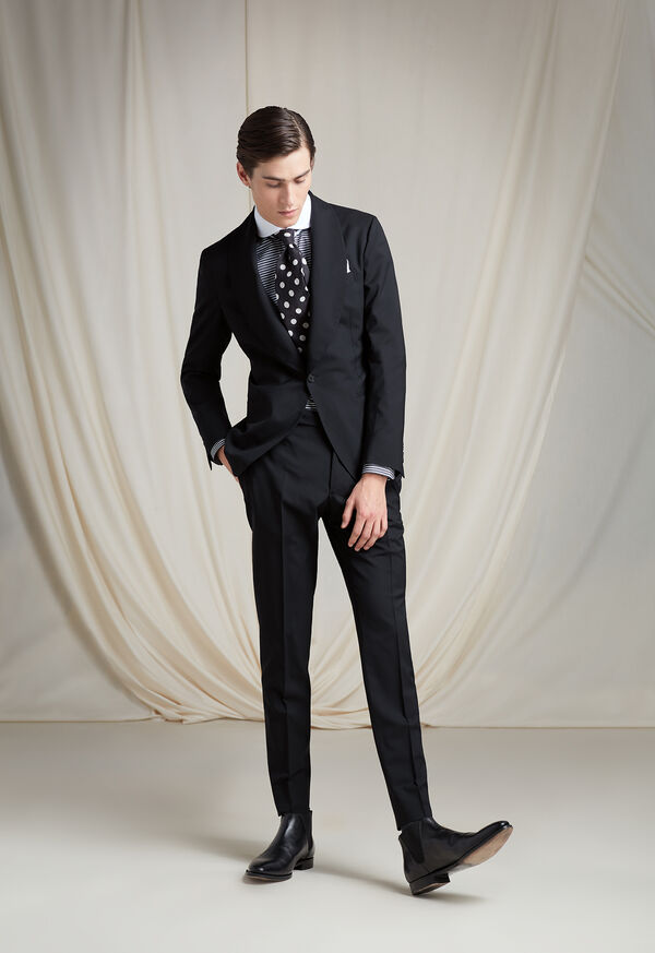 The Shawl Collar Tuxedo Look, image 1