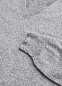 Lightweight Cashmere V Neck Sweater, thumbnail 2