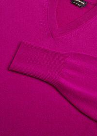 Scottish Cashmere V-Neck Sweater, thumbnail 44