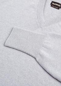 Scottish Cashmere V-Neck Sweater, thumbnail 36