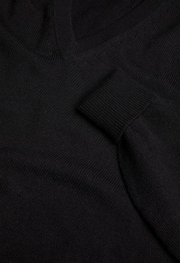 Scottish Cashmere V-Neck Sweater, image 3