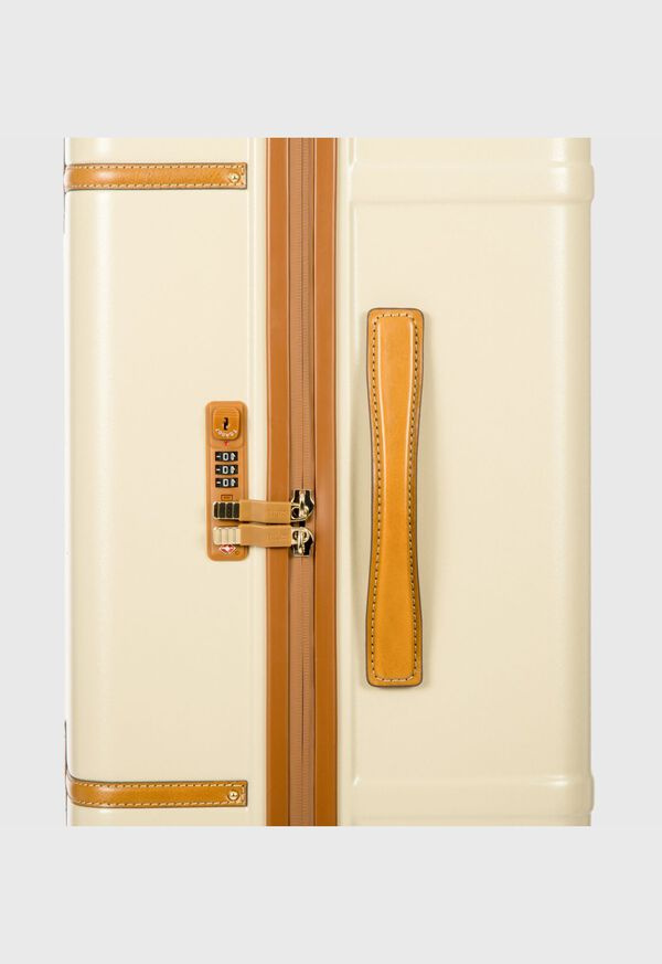 """The Bellagio 32"""" Spinner Trunk, image 5"""