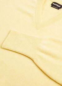 Scottish Cashmere V-Neck Sweater, thumbnail 46