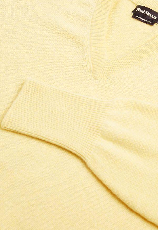Scottish Cashmere V-Neck Sweater, image 46