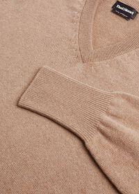 Scottish Cashmere V-Neck Sweater, thumbnail 37