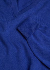 Scottish Cashmere V-Neck Sweater, thumbnail 28