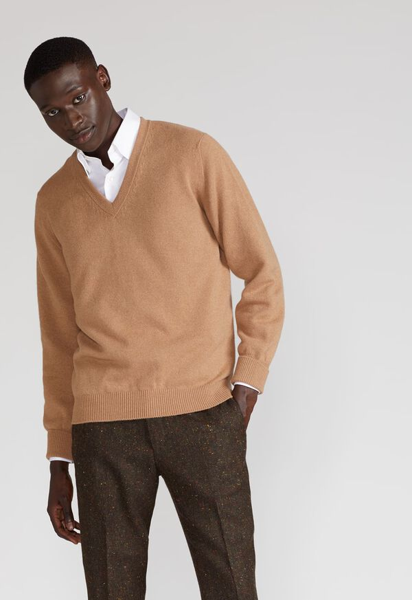 Scottish Cashmere V-Neck Sweater, image 2